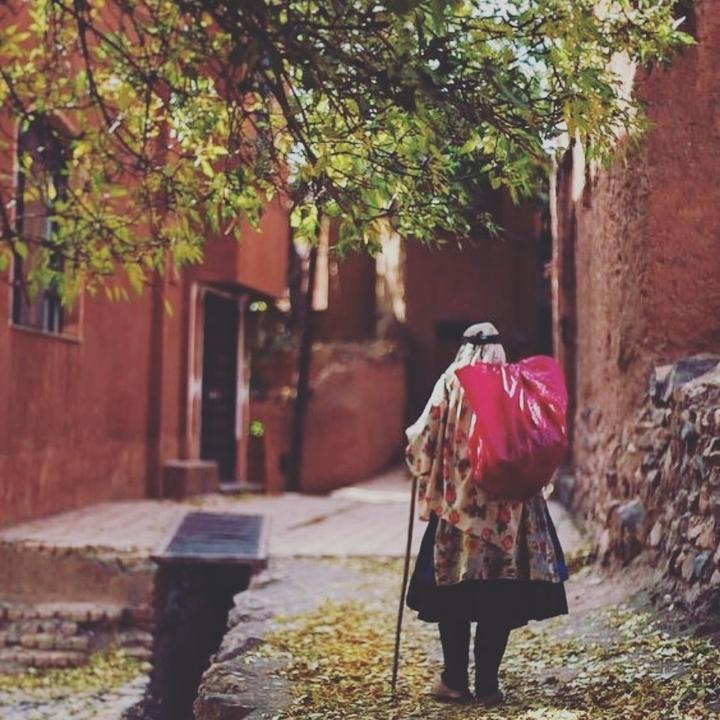 تصاویر نگارخانه متن نگار , ایران, زندگی